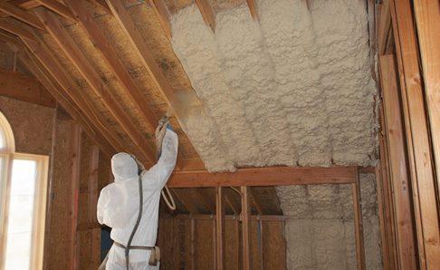 Insulating metal roofing Spray Foam